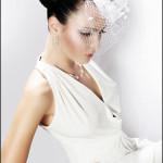 Девушка в образе невесты